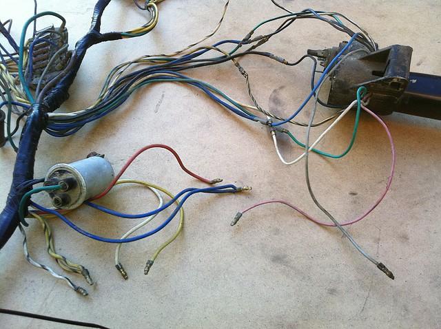Circuito Electrico En Serie : Seat 600 duda en el circuito electrico 600d primera serie