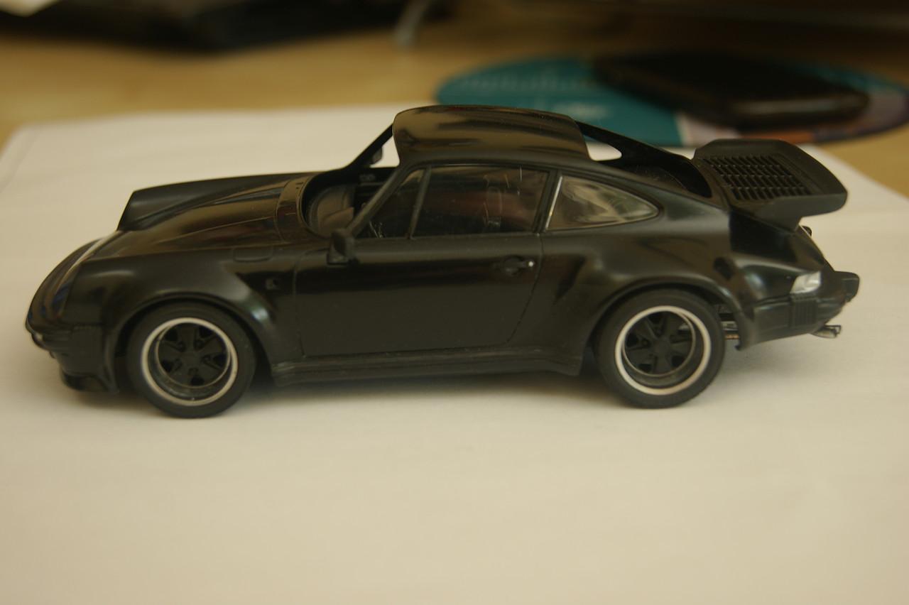 Porsche 911 Turbo´88  Tamiya 1/24 325365DBA63153481169295348113D