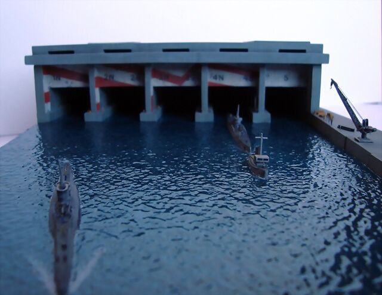 La Guarida de los lobos - Base U-Boat 1/700 2552FD1523335294E4912F5294E30A