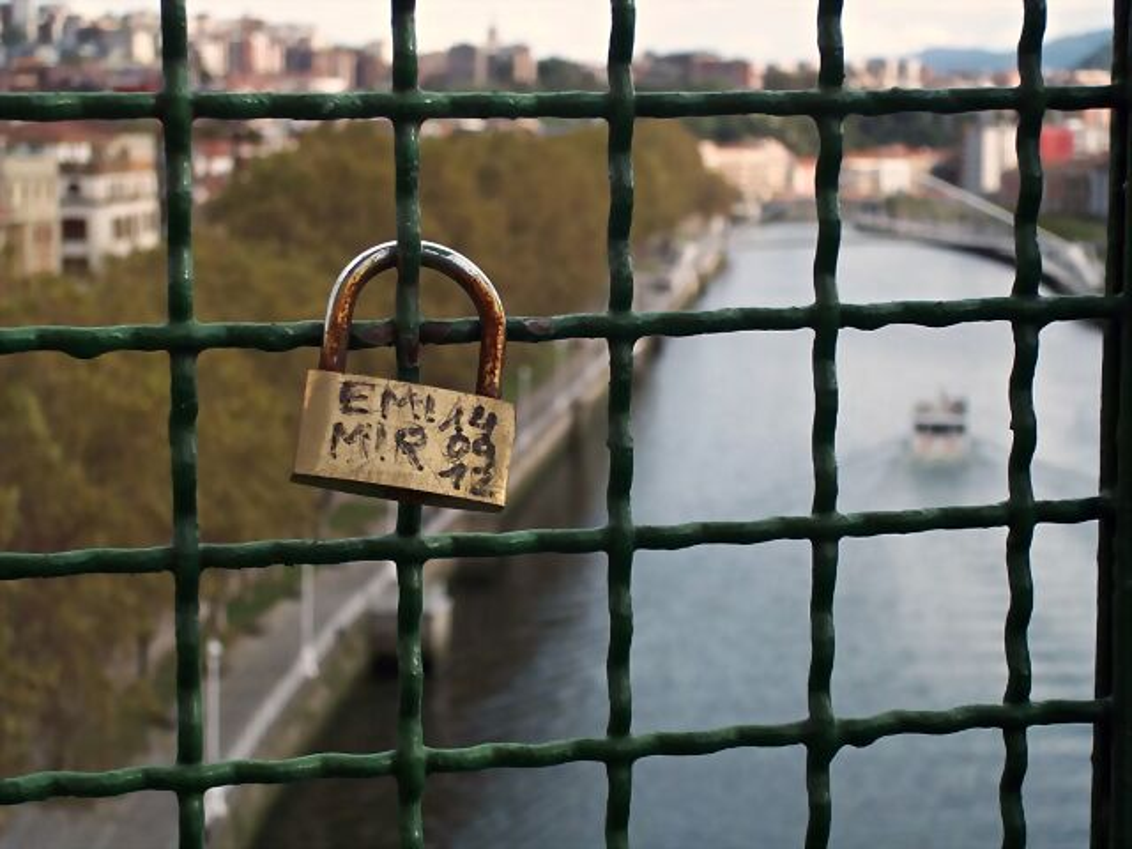 pesimistas del mundo, hablad ahora o callad para siempre (blog espacios en blanco)