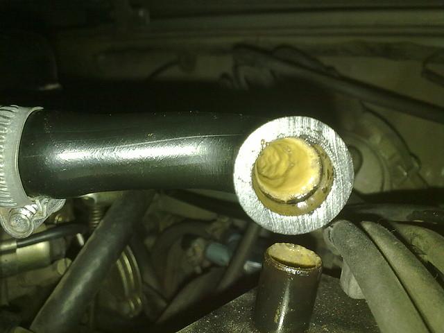 Suzuki 88 - valvula vpc y valancines llenos de nata marron y mugre