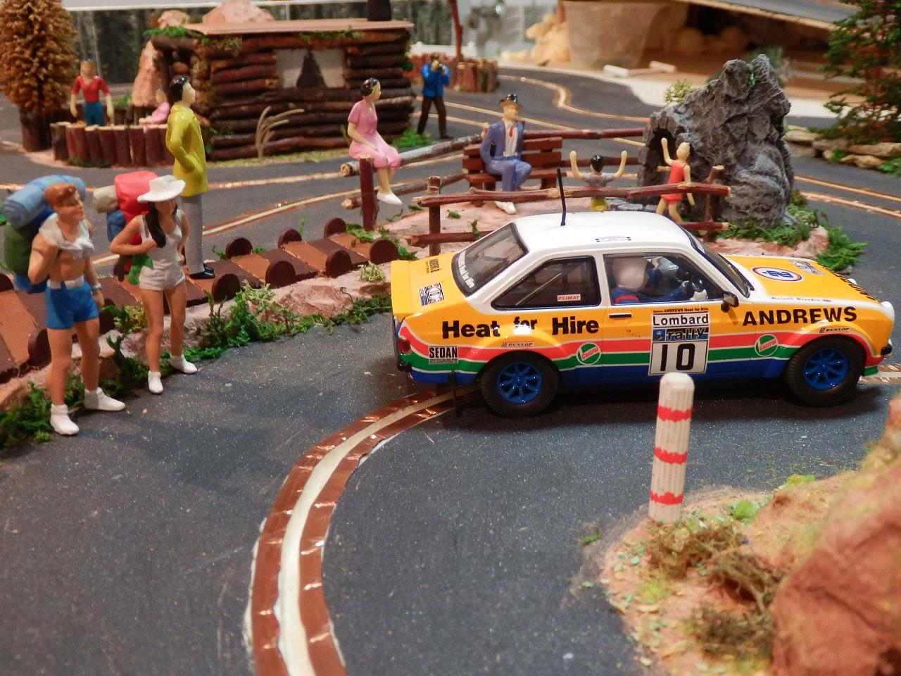 rally - Maqueta de Rally sobre placas de poliestireno  27589AAF512E58754DE22A58754D3C