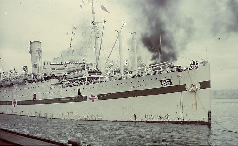El Letitia en 1944 transformado en buque hospital