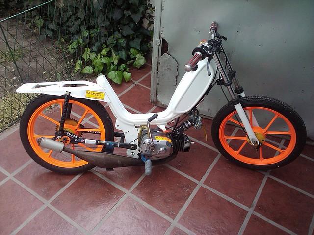 zanella ciclomotores: