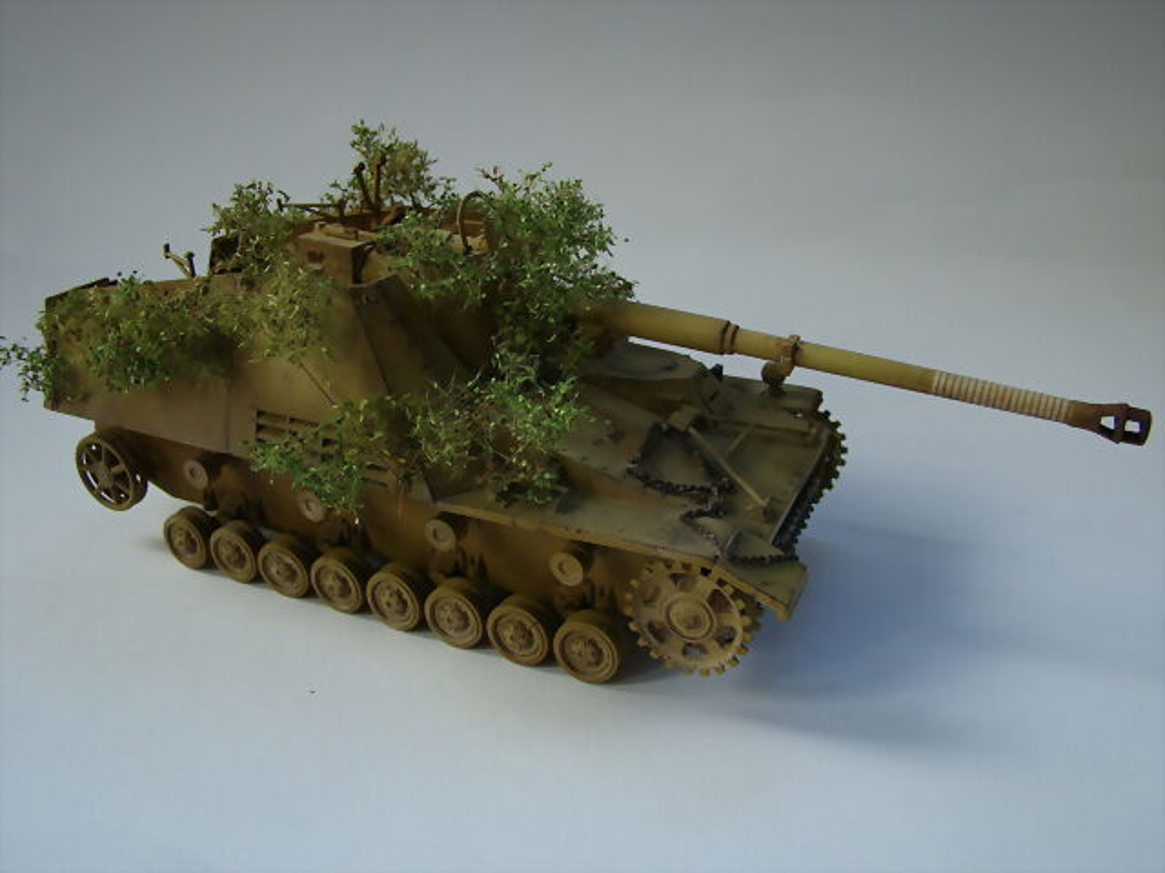 """Sd.Kfz.164 """"Nashorn"""" Dragon 1/35 2C5404F0B222537DA05C23537D9F2B"""