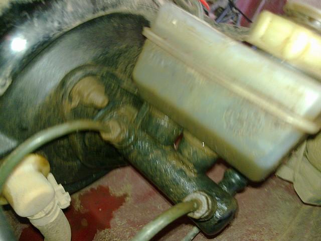 Perdida de liquido de frenos por el embrague