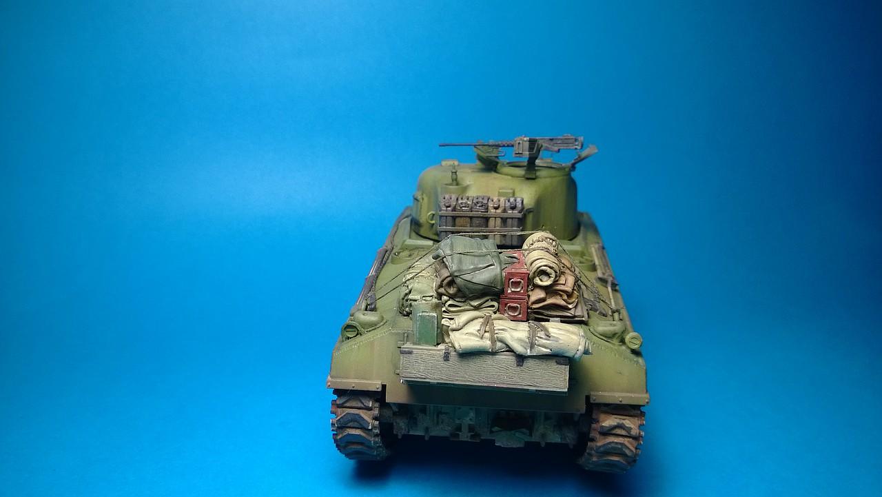 Sherman M4A4 dragon 1/35 2C5302E3021D527B926835527B917B
