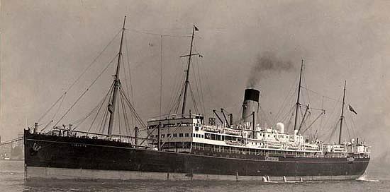 El SS Cheshire en su época civil como buque de pasaje