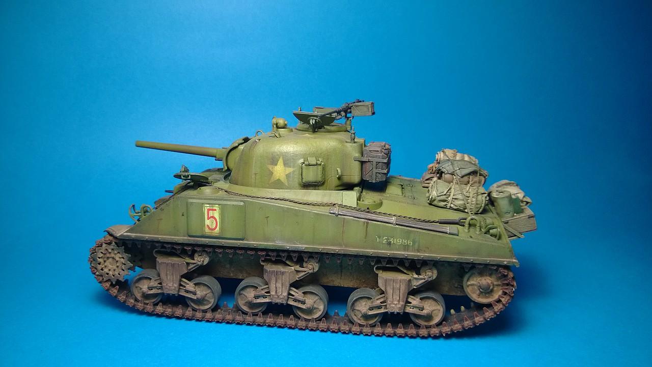 Sherman M4A4 dragon 1/35 2B5302E30A1E527B927234527B9183