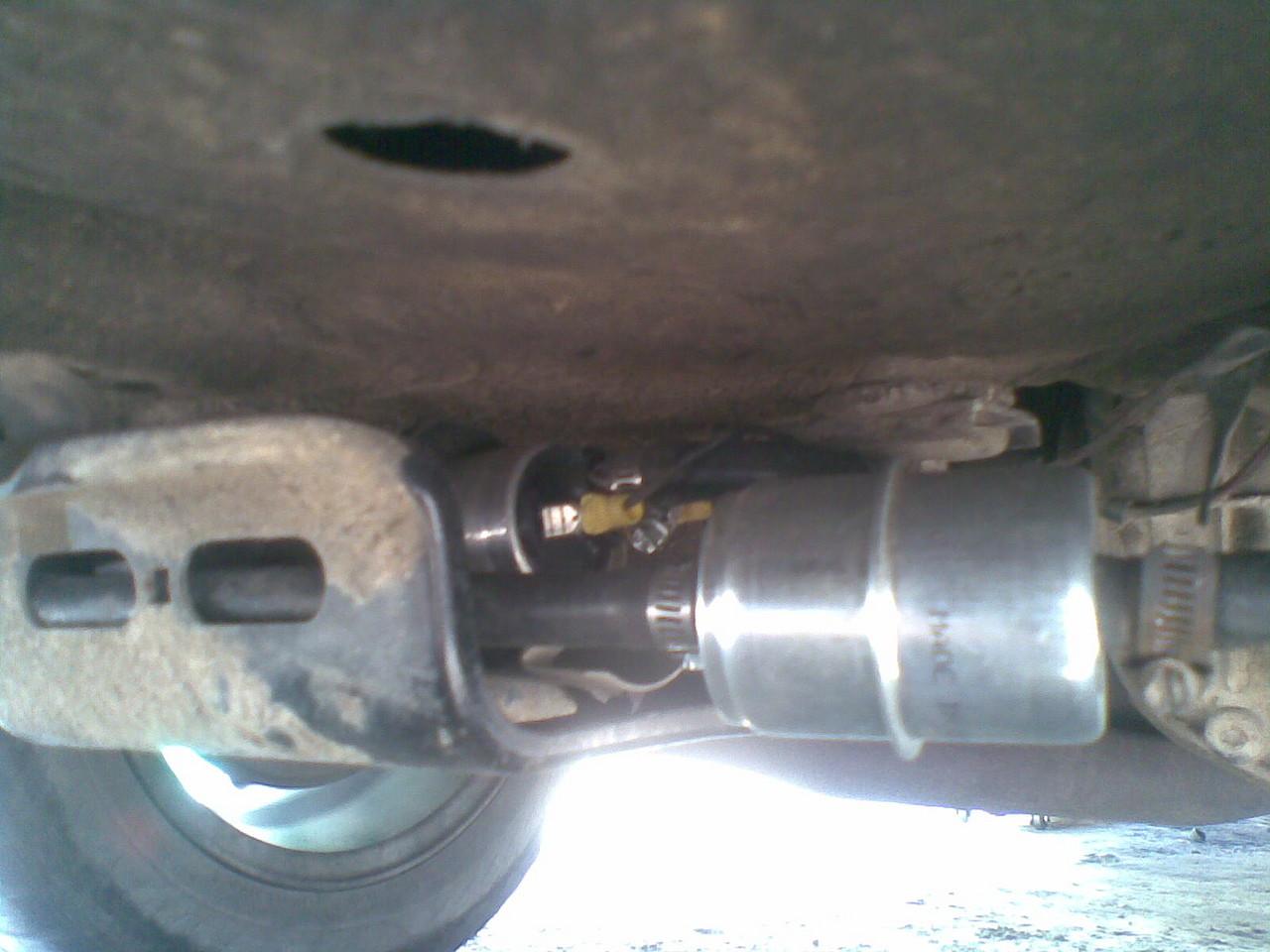 Es mucha gasolina en el carburador de los floreros 2109