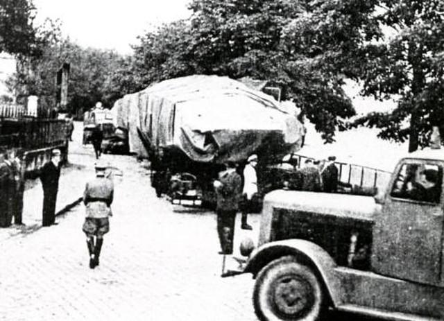 Convoy parado en la carretera
