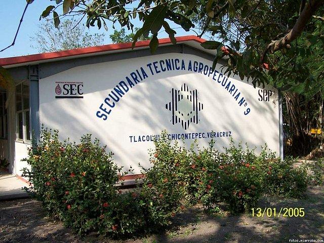 Escuela Secundaria Tecnica 9 Tlacolula de Chicontepec, Veracruz ...