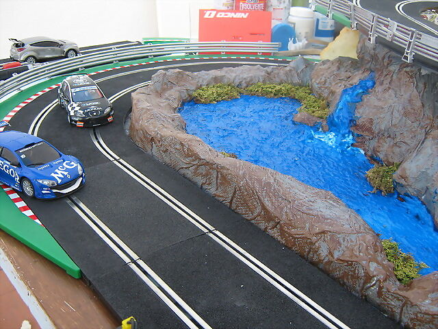 Slot adictos como hacer un peque o estanque scratch for Como construir un lago artificial