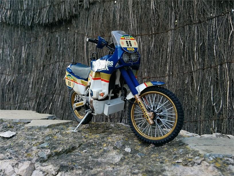 HONDA NXR 750 PARÍS DAKAR 1986. 1:12. 2C54083BC71F537A3B0118537A3A8E