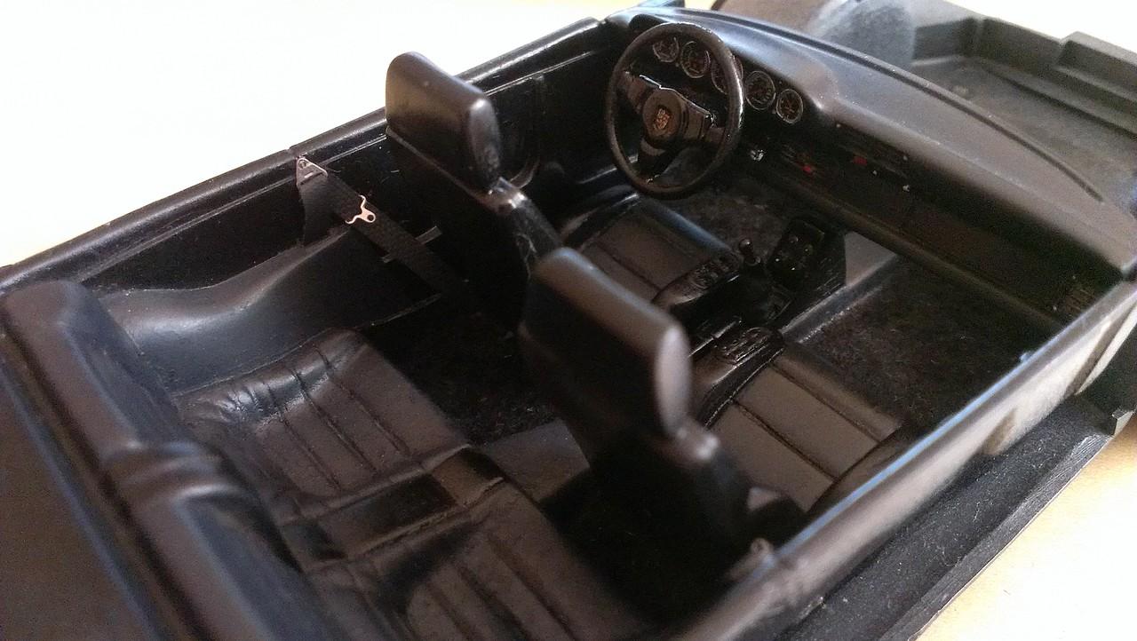 Porsche 911 Turbo´88  Tamiya 1/24 335365DA6326534810232153480FFA