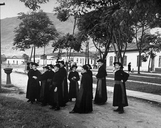 Seminaristes al carrer