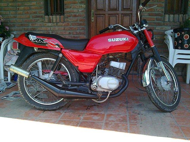 Ciclomotores argentinos - Mi Suzuki AX-100 - Ciclomotores preparados