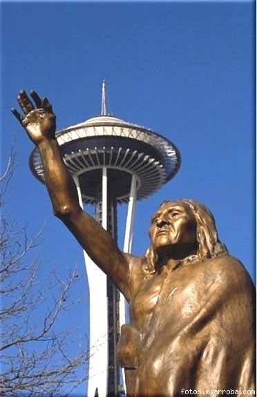 Estatua del Jefe Seattle en la ciudad que lleva su nombre