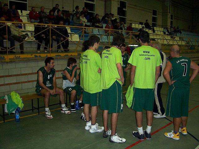 Os senior nun partido desta temporada en Salceda