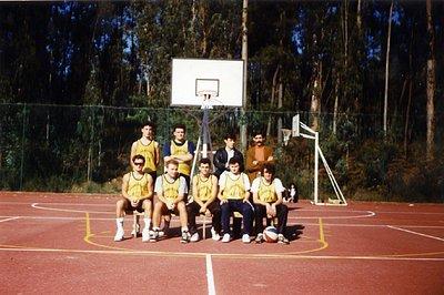 Primeiro equipo de baloncesto federado en Salceda.