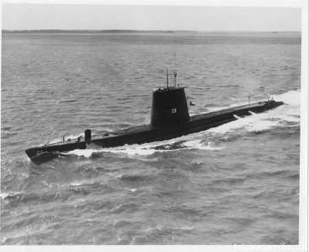 Submarinos al borde de la Guerra Cdae80c5