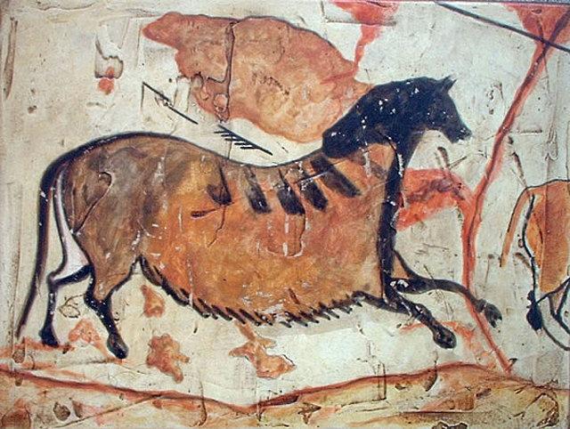 "Pintura paleolítica policroma llamada ""Primer caballo chino"". Cuevas de Lascaux, Dordogne, Francia"