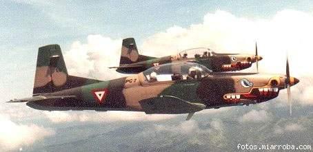 Pilatus PC-7 Fuerza Aerea Mexicana. Ec7153c7