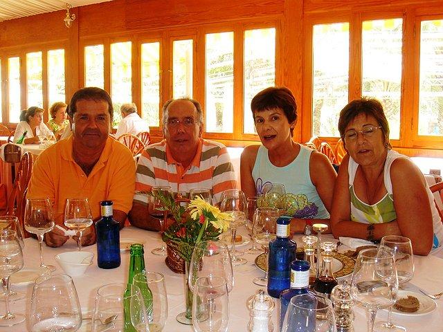 Maruja, Rosa, Paco y Mariano