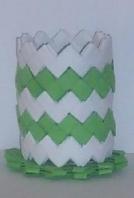 lapicero blanco y verde