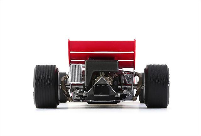 CAR02a_Lotus72_05