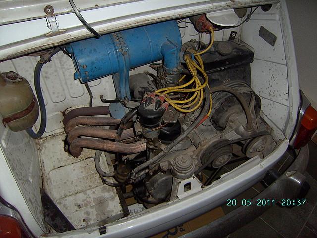 Foto motor coche 03