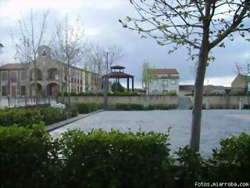 Vista de la Plaza con el Ayuntamiento al fondo (Consu.MC)