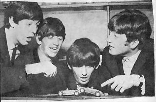 Beatles + Scalextric 3