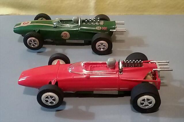 Faller Ferrari & Brabham (1)