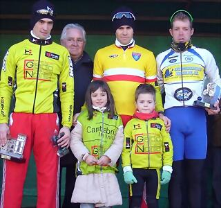 Podium elites cantabros