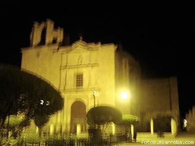 San Luis Obispo de noche