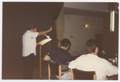Paco Llorca, recitando a Mariano