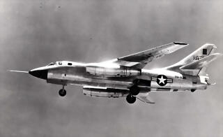 Douglas_RB-66A_Destroyer_(SN_52-2828,_the_first_RB-66A_built)_in_flight_landing_configuration._Photo_taken_Aug._10,_1954_061102-F-1234P-007