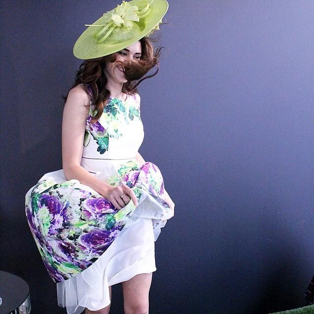 sombreros y tocados para bodas