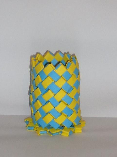 Lapicero azul y amarillo