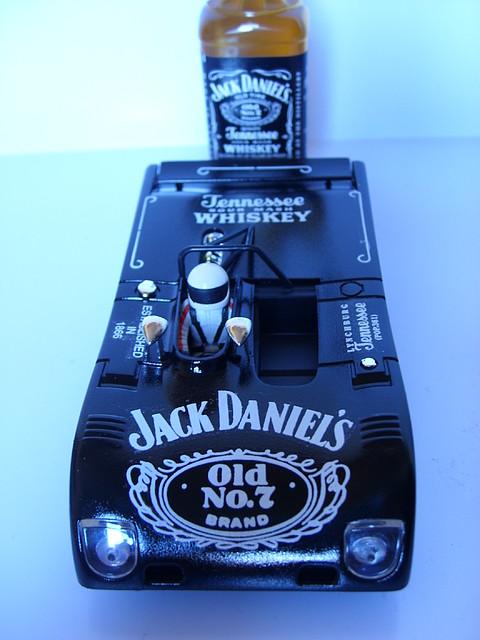 LOLA JACK DANIELS 004