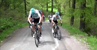 Froome attack