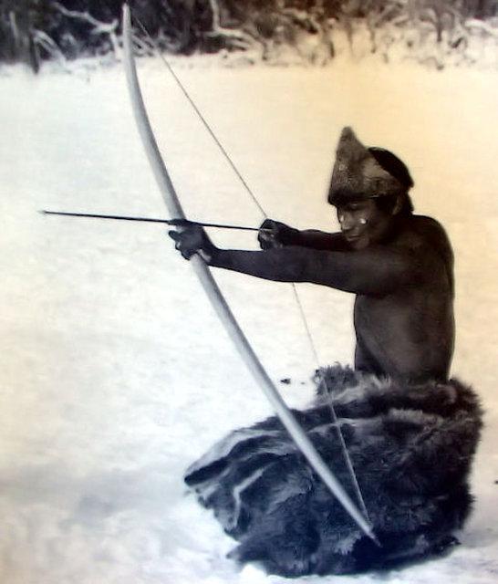 Shelk'nam  cazando en Tierra del Fuego