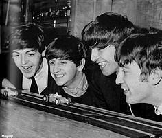 Beatles + Scalextric 4