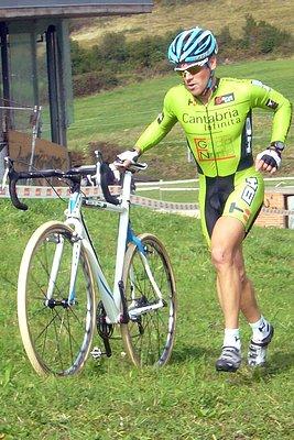 ciclocross isaac suarez pedal roto
