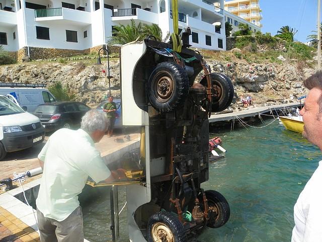 Land Rover despues de lavarlo