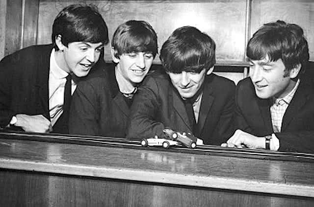 Beatles + Scalextric 5