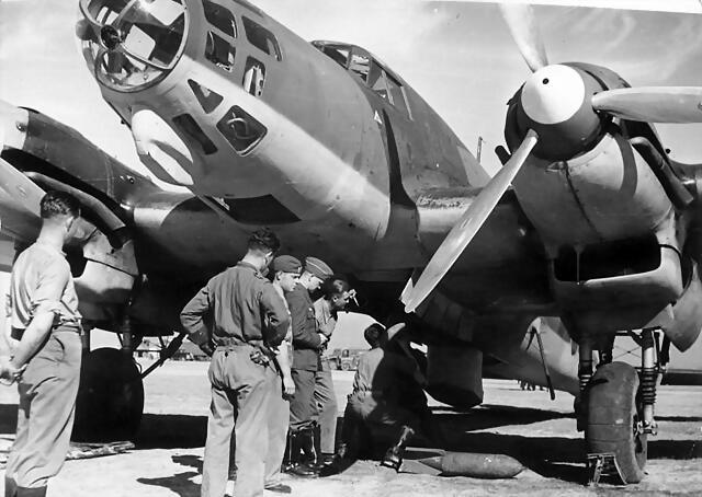 Bundesarchiv_Bild_183-C0214-0007-013,_Spanien,_Flugzeug_der_Legion_Condor