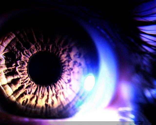 ????? Eye