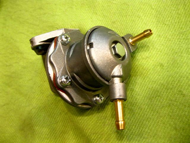 bomba de gasolina 600 004